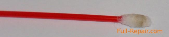 Ватная палочка после чистки